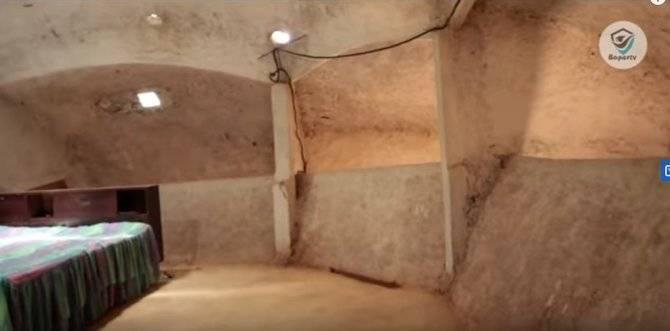 Terdapat lantai dua juga dalam rumah batu raksasa ini (Sumber : Baper TV)
